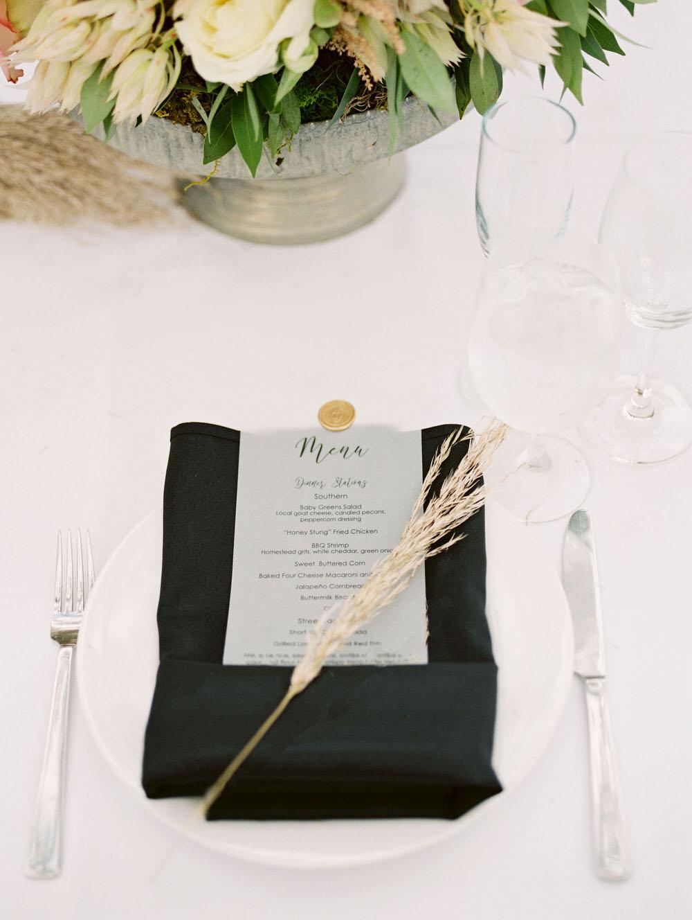 black napkin wedding table