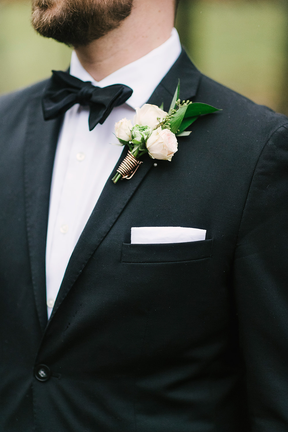groom boutonnieres - photo by Alicia King Photography http://ruffledblog.com/upstate-new-york-wedding-ideas-with-copper