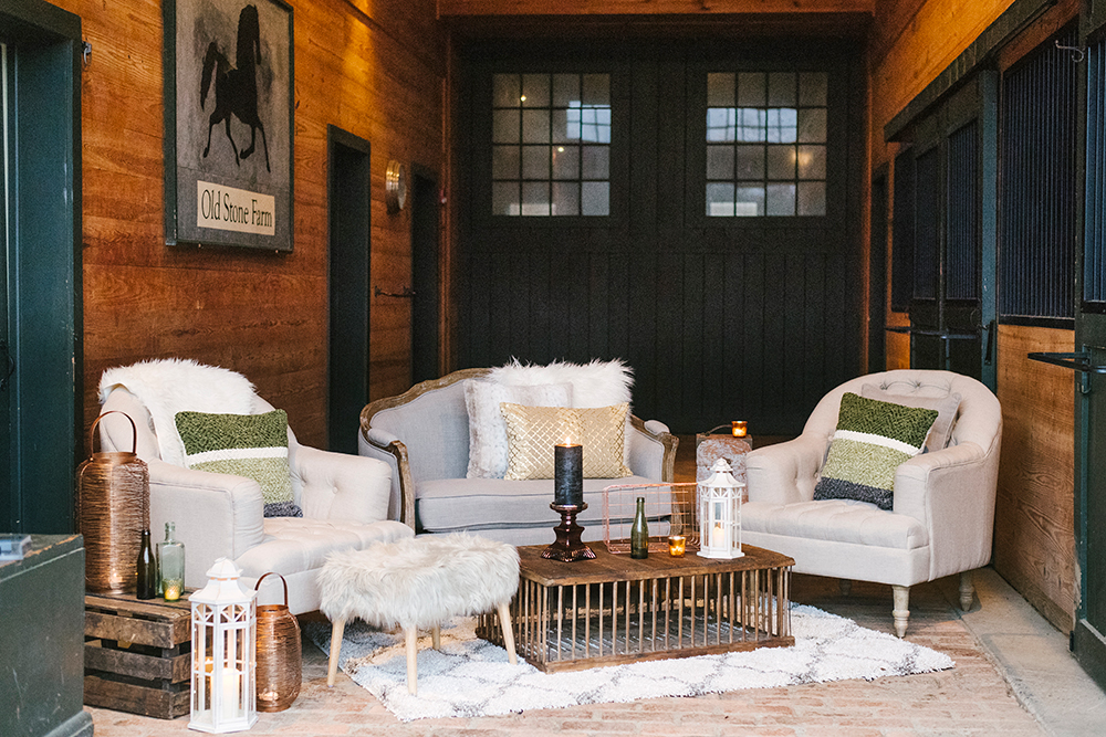 wedding lounges - photo by Alicia King Photography http://ruffledblog.com/upstate-new-york-wedding-ideas-with-copper