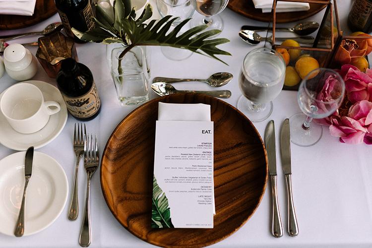 modern tropical inspired weddings - https://ruffledblog.com/urban-chic-art-gallery-wedding-in-ontario