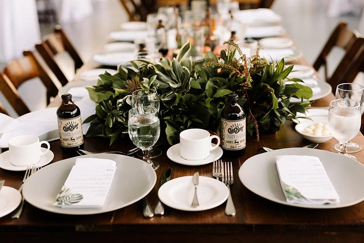 organic wedding inspiration - https://ruffledblog.com/urban-chic-art-gallery-wedding-in-ontario