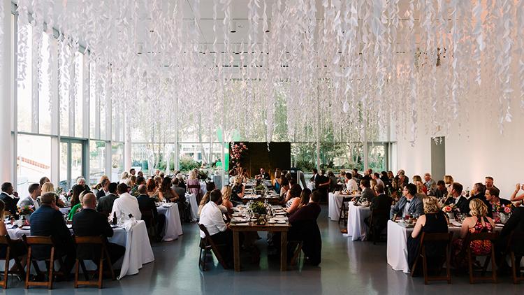 chic art gallery weddings - https://ruffledblog.com/urban-chic-art-gallery-wedding-in-ontario
