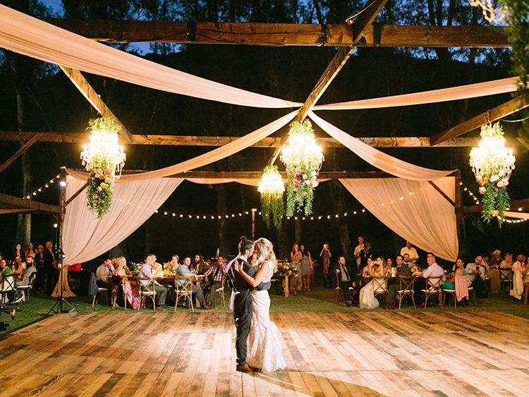 first dances - photo by Erica Schneider Photography https://ruffledblog.com/vegetable-garden-inspired-wedding-with-seriously-lush-details