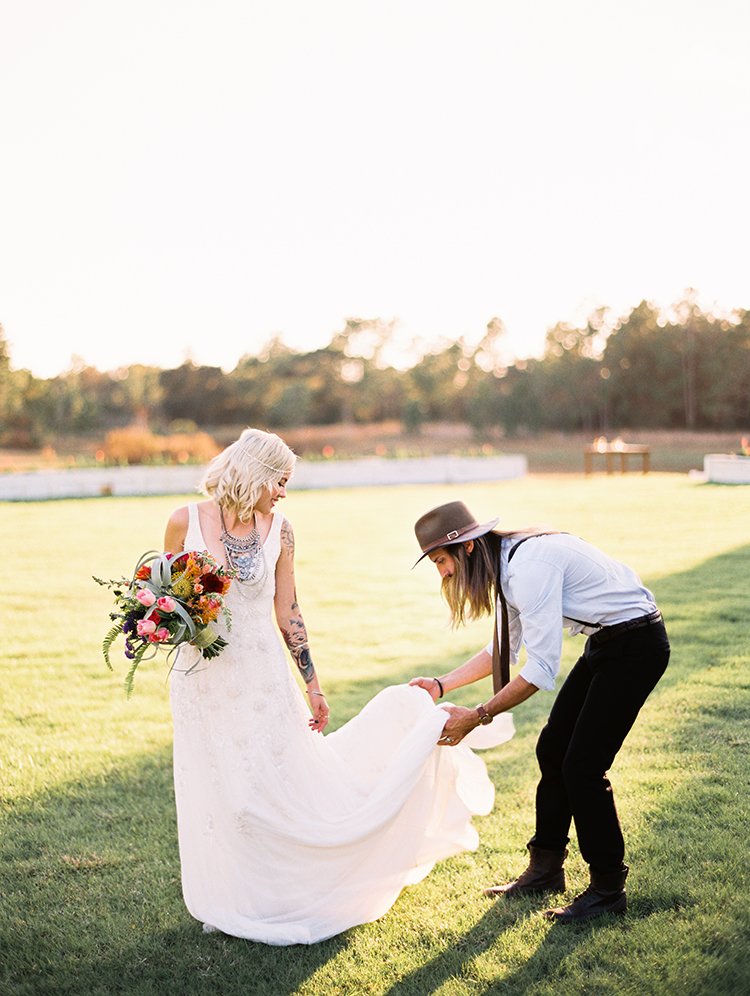 wedding portrait candids - photo by Best Photography http://ruffledblog.com/vibrant-southern-bohemian-wedding-inspiration