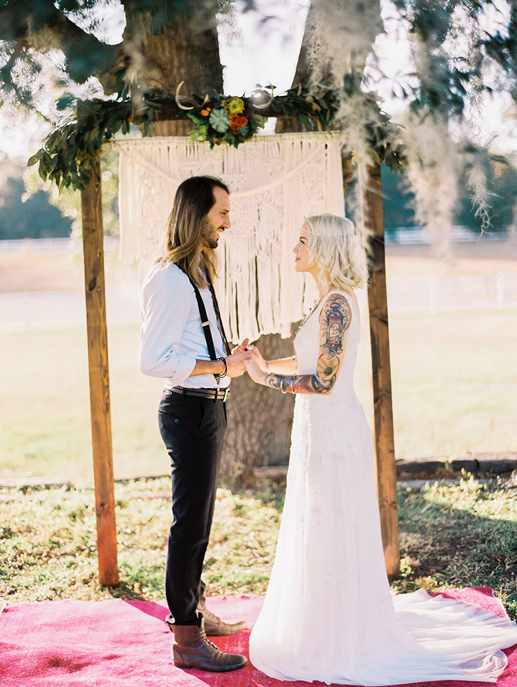 bohemian wedding ceremony displays - photo by Best Photography http://ruffledblog.com/vibrant-southern-bohemian-wedding-inspiration
