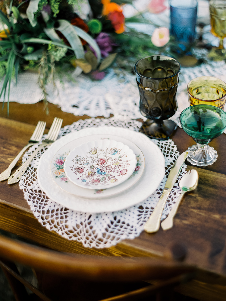 lace doily table settings - photo by Best Photography https://ruffledblog.com/vibrant-southern-bohemian-wedding-inspiration