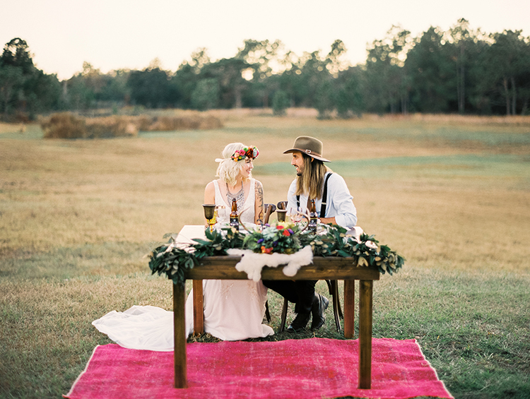 bohemian wedding inspiration - photo by Best Photography http://ruffledblog.com/vibrant-southern-bohemian-wedding-inspiration