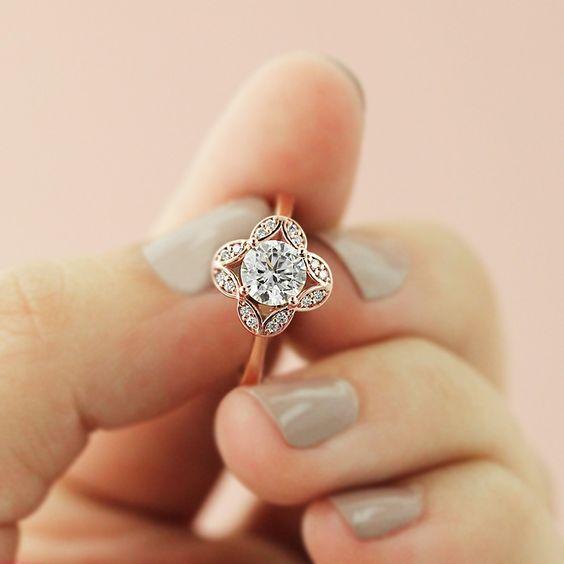 Make Wedding Rings 27 Beautiful  Vintage Engagement Rings