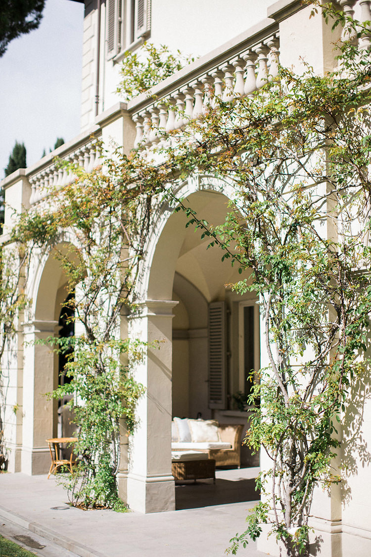 wedding venues - photo by Booth Photographics https://ruffledblog.com/watercolor-destination-wedding-in-florence