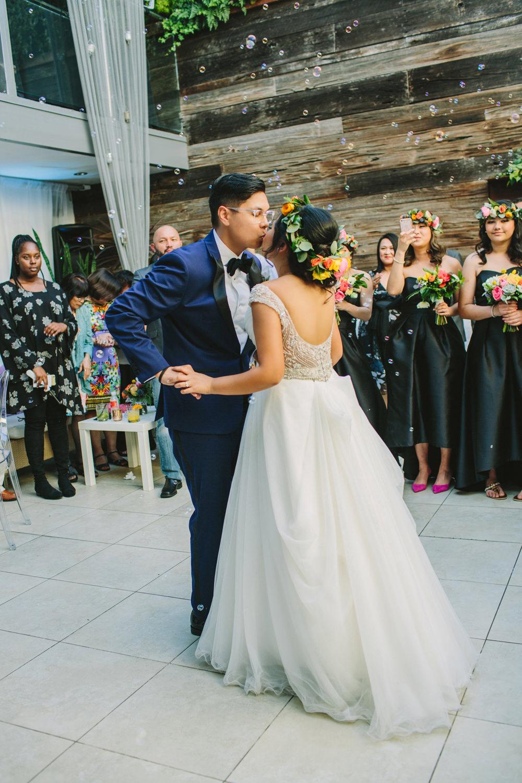 wedding ideas - photo by Priscila Valentina https://ruffledblog.com/whimsical-vibrant-laguna-beach-wedding