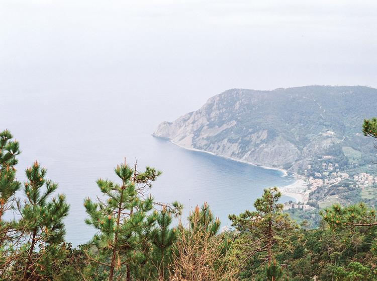 beach wedding photgoraphy - photo by Wild Beach Elopement Inspiration at Cinque Terre https://ruffledblog.com/wild-beach-elopement-inspiration-in-cinque-terre